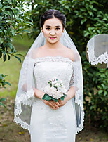 One-tier Wedding Veil Elbow Veils Fingertip Veils With Applique Lace