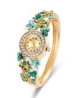 Mujer Reloj de Moda Reloj Pulsera Reloj de Pulsera Chino Cuarzo Cronógrafo Aleación Banda Casual Brazalete Elegant Navidad Dorado