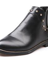 preiswerte -Damen Schuhe PU Winter Springerstiefel Stiefel Spitze Zehe Mittelhohe Stiefel Niete Für Normal Schwarz