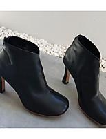 preiswerte -Damen Schuhe Künstliche Mikrofaser Polyurethan Frühling Herbst Komfort Stiefel Walking Stöckelabsatz Runde Zehe Booties / Stiefeletten