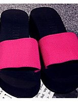Недорогие -Для женщин Обувь Этиленвинилацетат Лето Удобная обувь Тапочки и Шлепанцы Круглый носок Назначение Повседневные Черный Пурпурный Зеленый