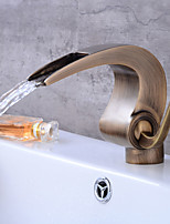 Art Deco/Retro Centerset Waterfall Ceramic Valve Single Handle One Hole Antique Copper , Bathroom Sink Faucet