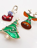Men's Women's Brooches Rhinestone Simple Basic Rhinestone Alloy Animal Shape Tree of Life Jewelry For Christmas