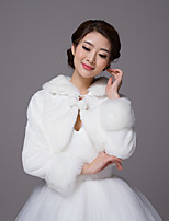 Long Sleeves Faux Fur Wedding Party / Evening Women's Wrap With Pom-pom Shrugs