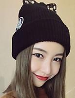 Для женщин Очаровательный На каждый день Широкополая шляпа,Зима Вязанная Однотонный Трикотаж