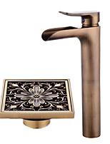 По центру Водопад Керамический клапан Одной ручкой одно отверстие Античная медь , Ванная раковина кран