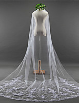 cheap -One-tier Lace Applique Edge Elegant & Luxurious Wedding Veil Chapel Veils 53 Applique Embroidery Lace Tulle