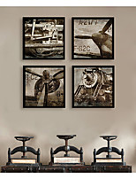Недорогие -Транспорт Винтаж Иллюстрации Предметы искусства,ПВХ материал с рамкой For Украшение дома Предметы искусства в рамках Гостиная Кухня