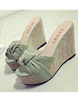 Недорогие -Для женщин Обувь Ткань Лето Удобная обувь Тапочки и Шлепанцы Круглый носок Назначение Повседневные Зеленый Миндальный