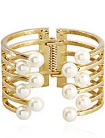 Femme Bracelets Rigides Manchettes Bracelets Perle imitée Mode Bijoux Fantaisie Imitation de perle Alliage Forme Géométrique Bijoux Pour