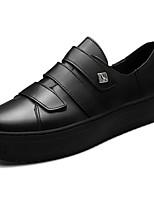Недорогие -Для мужчин обувь Полиуретан Весна Осень Светодиодные подошвы Кеды Пряжки Назначение Повседневные Белый Черный