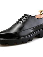 Для мужчин обувь Полиуретан Весна Осень Удобная обувь Туфли на шнуровке Назначение Черный Красный