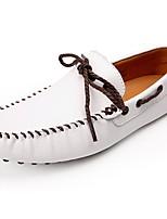 Недорогие -Для мужчин обувь Кожа Весна Осень Мокасины Топ-сайдеры для Повседневные Белый Черный Желтый