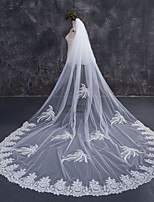 cheap -Two-tier Lace Applique Edge Bridal Wedding Wedding Veil Chapel Veils Cathedral Veils 53 Laces Lace Tulle