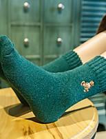 Недорогие -Жен. Однотонный Шерсть Ультратеплые Носки,2шт Зеленый Бежевый