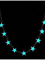 abordables -Femme Etoile simple Illuminé Lumineux Pendentif de collier , Plaqué argent Alliage Pendentif de collier , Noël Bar