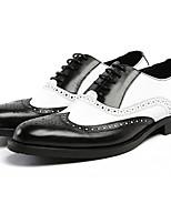 abordables -Hombre Zapatos Cuero Primavera Otoño Confort Oxfords para Casual Negro Marrón
