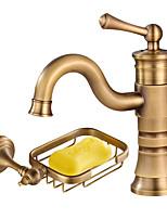 Недорогие -По центру Керамический клапан Одной ручкой одно отверстие Античная медь , Ванная раковина кран