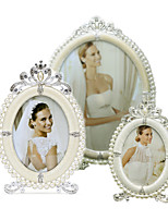 cheap -Antique Classic European Style Pearl Rhinestone Alloy Silver Electroplate Picture Frames Wall Decorations,1pc