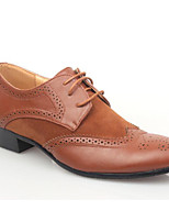 Недорогие -Для мужчин обувь Полиуретан Весна Осень Удобная обувь Туфли на шнуровке для Повседневные Черный Коричневый
