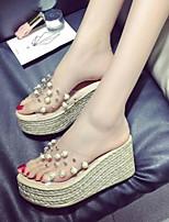 Недорогие -Для женщин Обувь Полиуретан Лето Удобная обувь Тапочки и Шлепанцы Плоские Открытый мыс для Повседневные Черный Бежевый