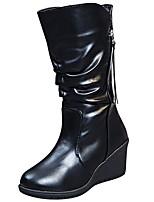 Недорогие -Для женщин Обувь Полиуретан Зима Осень Удобная обувь Модная обувь Ботинки Туфли на танкетке Круглый носок Сапоги до середины икры для