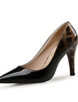 preiswerte -Damen Schuhe Lackleder Frühling Herbst Komfort High Heels Stöckelabsatz Spitze Zehe für Kleid Party & Festivität Weiß Schwarz
