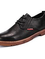Недорогие -Для мужчин обувь Полиуретан Весна Осень Удобная обувь Кеды для Повседневные Черный Коричневый
