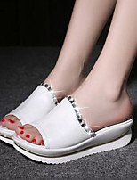 Недорогие -Для женщин Обувь Полиуретан Лето Удобная обувь Тапочки и Шлепанцы Плоские Открытый мыс для Повседневные Белый Синий Розовый