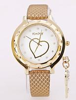 abordables -Mujer Pareja Reloj Casual Reloj de Moda Reloj de Pulsera Chino Cuarzo Reloj Casual Aleación Banda Lujo Casual Cool Plata Dorado Oro Rosa