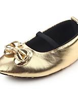 Недорогие -Дети обувь Дерматин Весна Осень Удобная обувь Обувь для малышей Пинетки На плокой подошве Бант Аппликация На эластичной ленте для