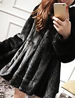 Недорогие -Для женщин На каждый день Зима Пальто с мехом Капюшон,Простой Однотонный Короткая Искусственный мех,Меховая оторочка