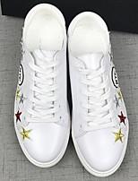 preiswerte -Damen Schuhe PU Frühling Komfort Sneakers Walking Flach Geschlossene Spitze für Normal Weiß Schwarz