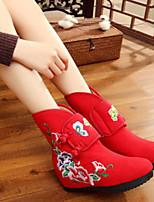 Недорогие -Для женщин Обувь Ткань Зима Удобная обувь Ботинки Плоские Круглый носок Закрытый мыс Сапоги до середины икры для Повседневные Черный