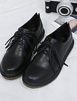 preiswerte -Damen Schuhe PU Frühling Herbst Komfort Outdoor Niedriger Heel Geschlossene Spitze für Normal Draussen Schwarz Braun
