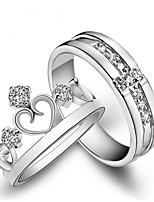 abordables -Homme Femme Couple de Bagues Zircon 2pcs Mode Cuivre Forme de Couronne Bijoux Cadeau Valentin