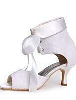 preiswerte -Damen Schuhe Spitze Seide Tüll Frühling Sommer Pumps Hochzeit Schuhe Niedriger Heel Peep Toe Schnalle für Hochzeit Party & Festivität Weiß