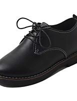 preiswerte -Damen Schuhe PU Frühling Herbst Komfort Flache Schuhe Flacher Absatz für Draussen Schwarz Grau Braun