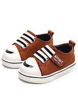 Недорогие -Девочки обувь Полиуретан Весна Осень Удобная обувь Обувь для малышей Кеды для Повседневные Черный Коричневый