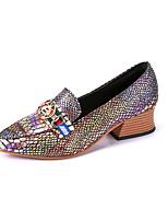 Недорогие -Жен. Обувь Лакированная кожа Весна Удобная обувь Обувь на каблуках На низком каблуке Заостренный носок для Повседневные Серебряный