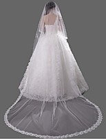 Недорогие -Один слой Аксессуары Кружевная кромка Свадебные вуали Фата для венчания С Кружева Кружева Тюль
