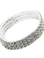 abordables -Femme Manchettes Bracelets Strass Mode Imitation Diamant Alliage Forme Géométrique Bijoux Quotidien