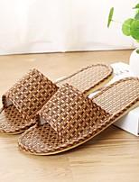 Недорогие -Муж. обувь Лён Лето Удобная обувь Тапочки и Шлепанцы для Повседневные Кофейный Темно-коричневый