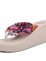 Недорогие -Жен. Обувь Шёлк Весна Лето Удобная обувь Гладиаторы Тапочки и Шлепанцы Туфли на танкетке для Повседневные Для праздника Пурпурный Кофейный