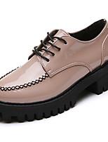 preiswerte -Damen Schuhe PU Frühling Herbst Komfort Outdoor Niedriger Heel für Normal Schwarz Rosa