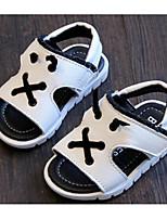 Недорогие -Дети обувь Натуральная кожа Весна Лето Удобная обувь Обувь для малышей Сандалии для Повседневные Белый Черный