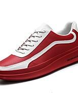 preiswerte -Schuhe Künstliche Mikrofaser Polyurethan Frühling Herbst Komfort Sneakers für Normal Weiß Rot