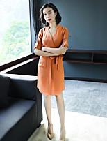 preiswerte -Damen Hülle Kleid-Party Ausgehen Sexy Street Schick Solide V-Ausschnitt Übers Knie Halbarm Polyester Frühling Herbst Mittlere Hüfthöhe