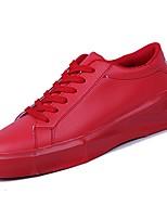 Недорогие -Для мужчин обувь Искусственное волокно Весна Осень Удобная обувь Кеды для Повседневные Белый Черный Красный