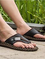Недорогие -Для мужчин обувь Кожа Лето Удобная обувь Тапочки и Шлепанцы для Повседневные Черный Коричневый